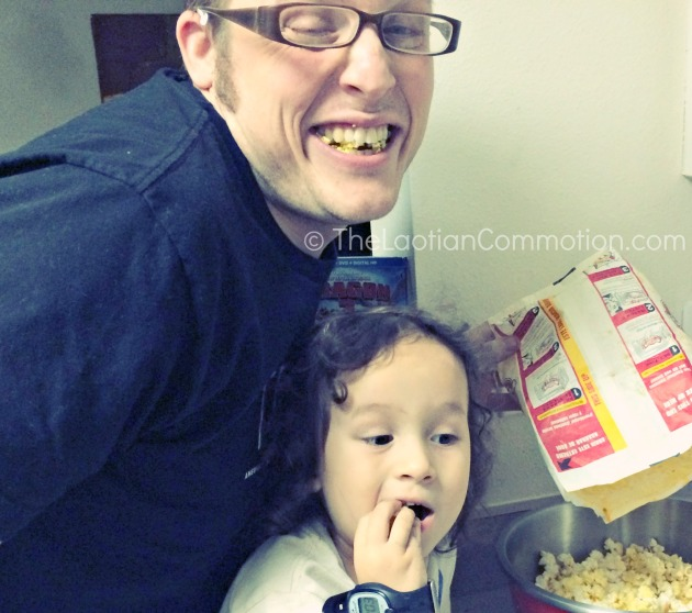 TheLaotianCommotion.com: How to have your own #HTTYD2 movie night! #sponsored