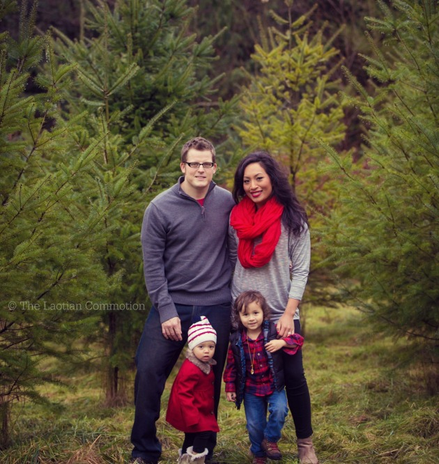 winter family photo tree farm